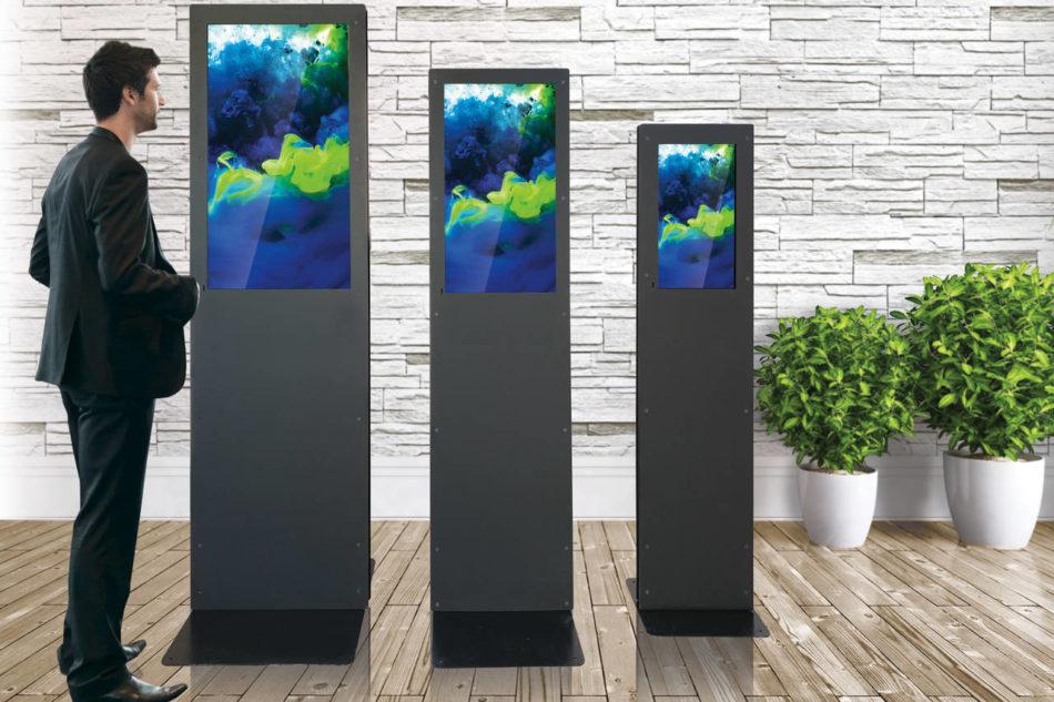 Nuova serie di totem monolitici verticali da DominoDisplay.com