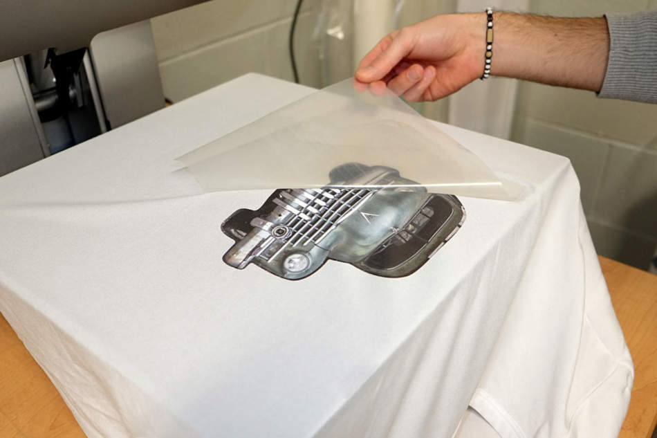 T-Shirtfilm, i film termoadesivi da taglio e stampa digitale di Apa
